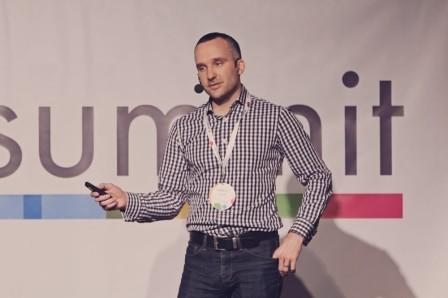 slideslive_ondrej-ilincev_blok-pripadovych-studii-jak-nabrousit-sekeru