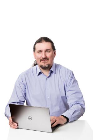 Analýzy a full-service